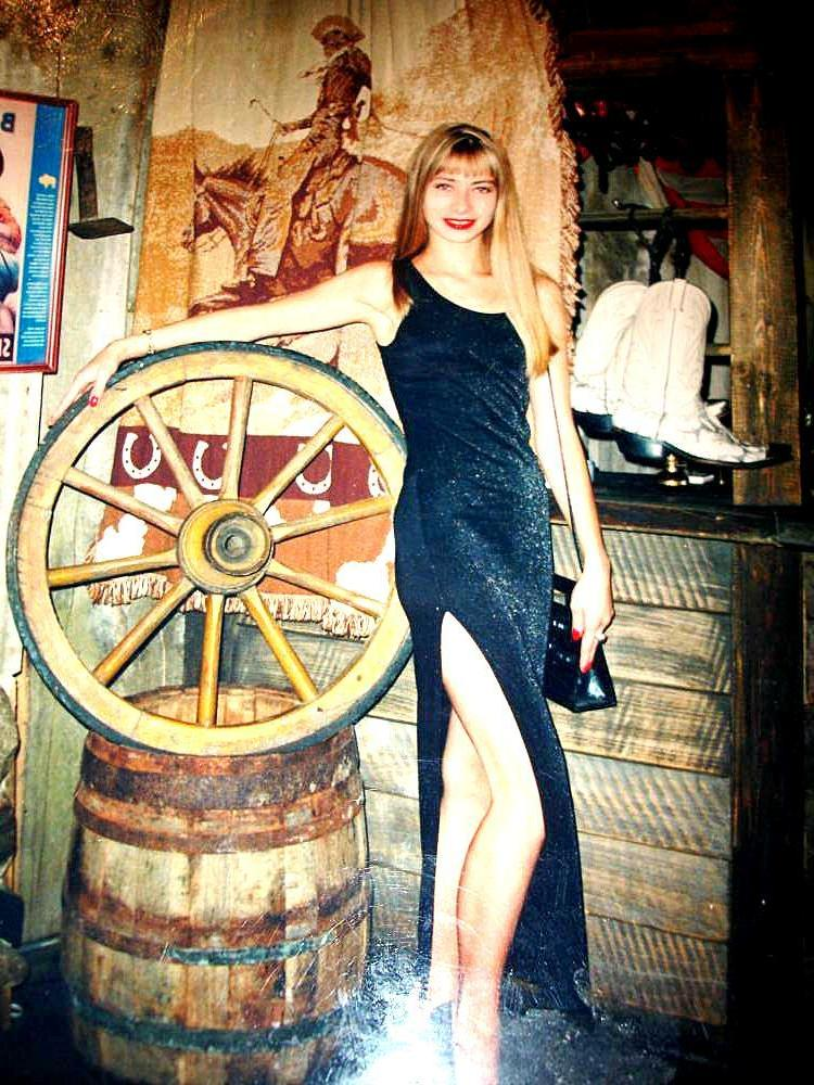 Looking for single tall men 50 to 56 free dating sites